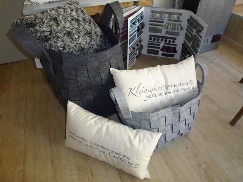 kissen kissenbez ge n hwerkstatt allround in sinsheim. Black Bedroom Furniture Sets. Home Design Ideas